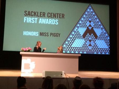 Miss piggy award